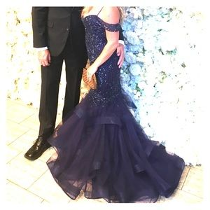 Cinderella Divine Navy Beaded Mermaid Gown size 4